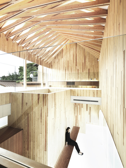 Study Shows that Timber Buildings Cost Less to Build, Timber Dentistry. Image © Satoshi Shigeta