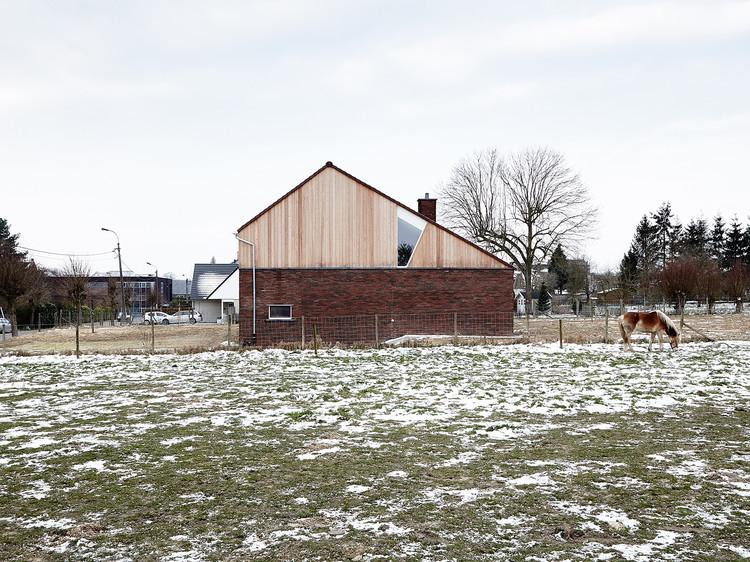 House in Burst / De Smet Vermeulen architecten, © Dennis De Smet