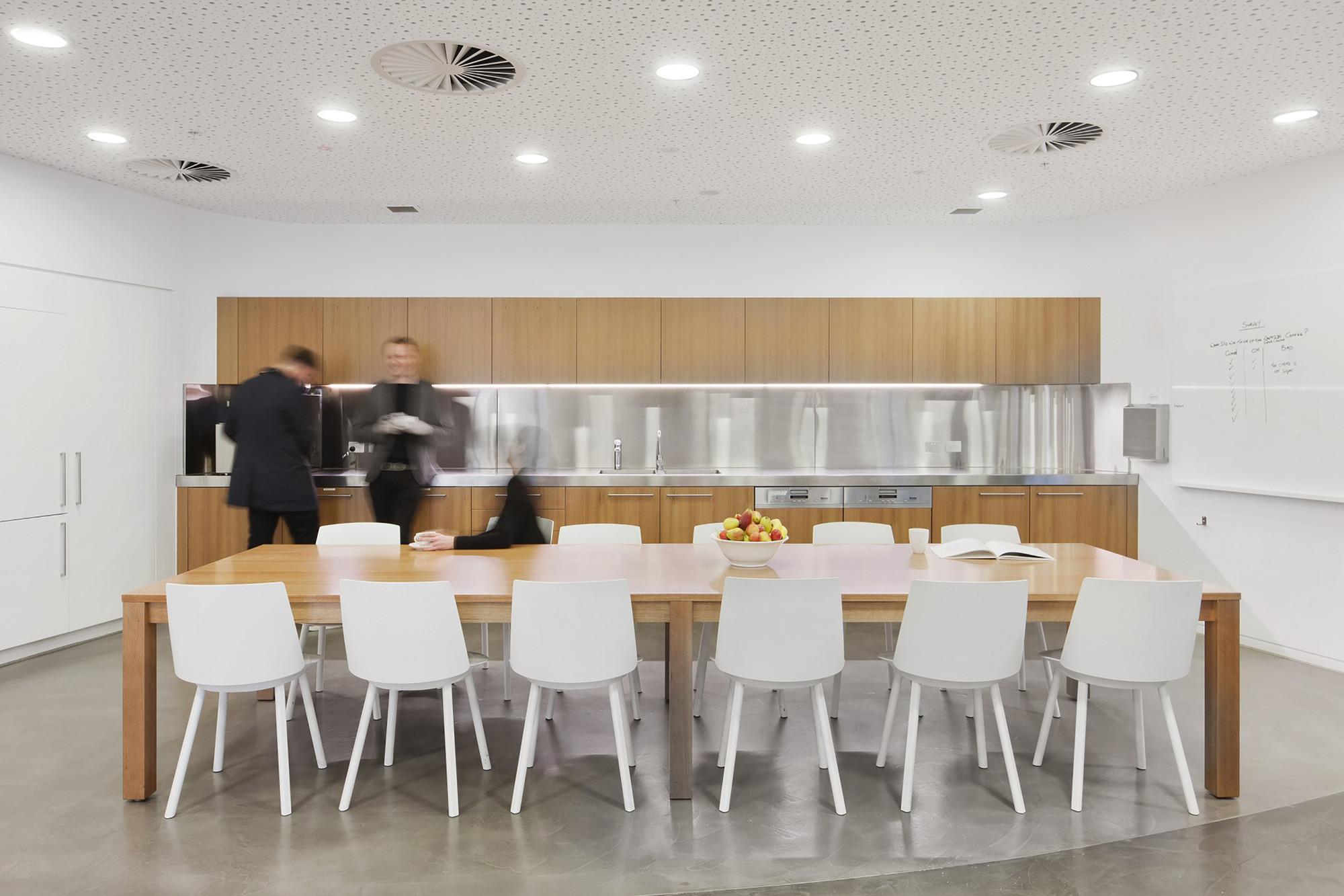 Gallery of Brookfield Multiplex Melbourne / Woods Bagot - 9