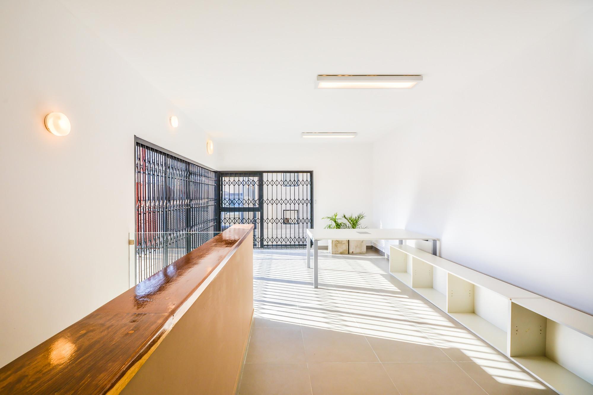 Galer a de oficinas c rdoba neto arquitectura 15 for Oficinas cajasur cordoba