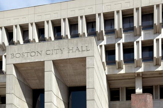 Kallmann, McKinnell, & Knowles, Boston City Hall (1962-69). Image © Mark Pasnik