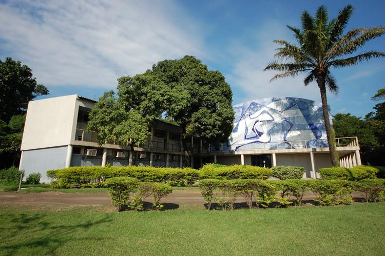 Arthur Neiva Pavilion - Fundação Oswaldo Cruz. Imagen © Barbara Cortizo de Aguiar