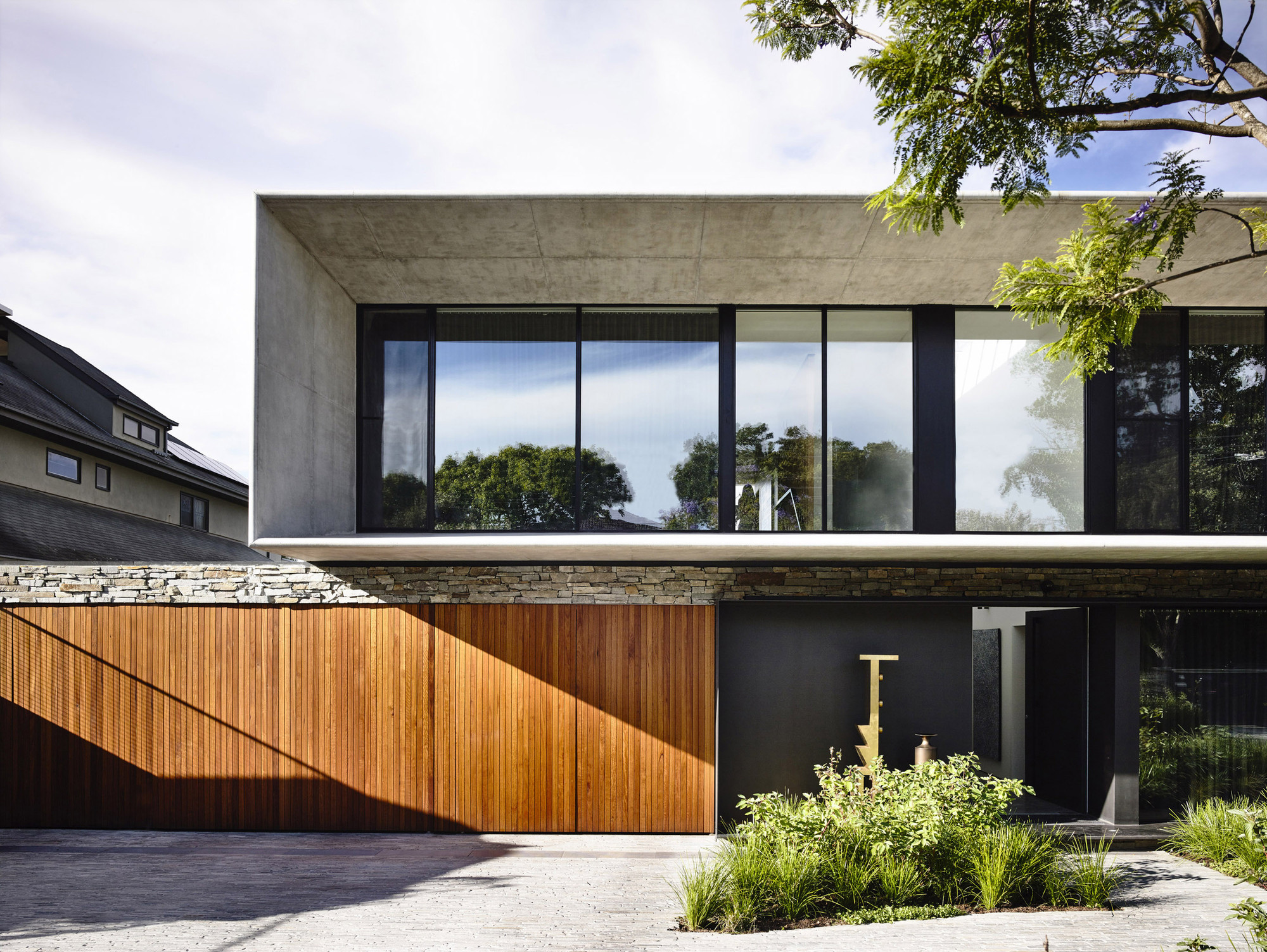 Grand Designs Arch House