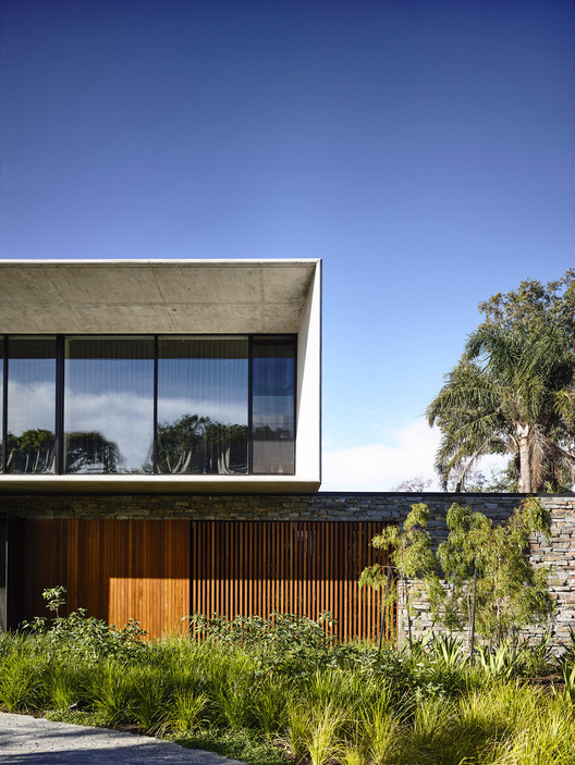 Concrete House / Matt Gibson Architecture | ArchDaily on walls house design, bali house design, chief architect house design, tornado-proof house design, vietnamese house design, wood house design, landscaping house design, oil house design, marcus house design, strawbale house design, plastic house design, cement with design, paper house design, tokyo house design, fabric house design, metal roof house design, hardwood floor house design, iron house design, fiberglass house design, tiny house design,