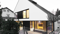 House B / Format Elf Architekten