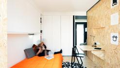 Apartamento de Estudantes Xadrez / UMA Collective