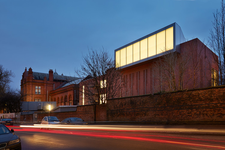 Manchester's Whitworth Art Gallery Named 2015 Museum of the Year, © Alan Williams
