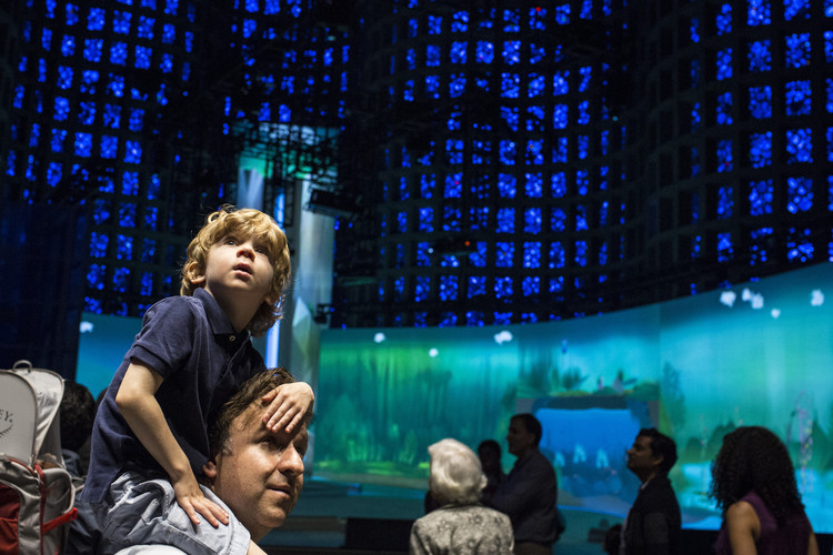 New York Hall of Science Reopens Great Hall with Renovations from Todd Schliemann, Opening of Connected Worlds. Image © Andrew Kelly / New York Hall of Science