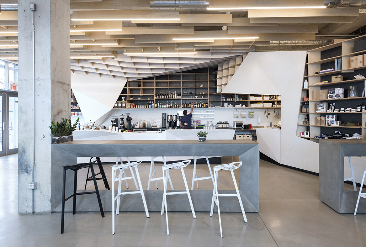 Odin bar caf phaedrus studio archdaily for Table bar industriel