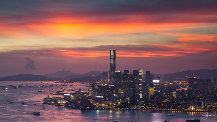 The Top 10 Most Impactful Skylines, Hong Kong Skyline. Image © Flickr CC user Brian H.Y