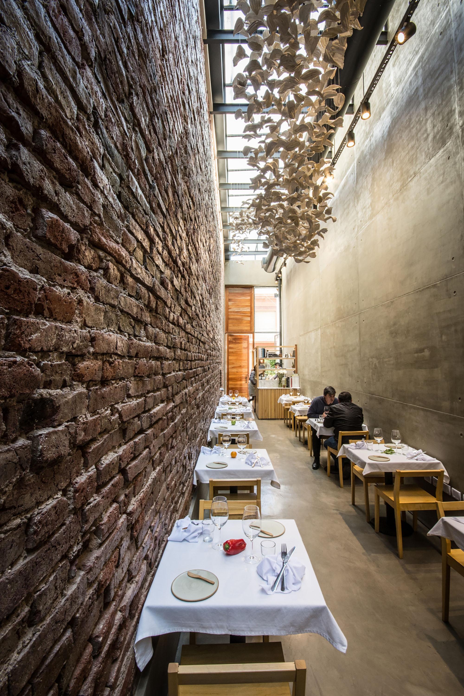 Gallery Of El Papagayo Restaurant Ernesto Bedmar 10
