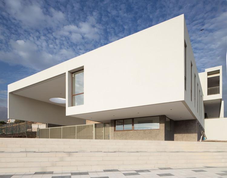 Colégio Huinganal 1ª Etapa / Re Arquitectos, © Estudio Ibañez