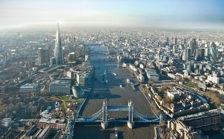 "Zaha Hadid Named ""New Londoner of the Year"", London's dense center. Image Courtesy of NLA"