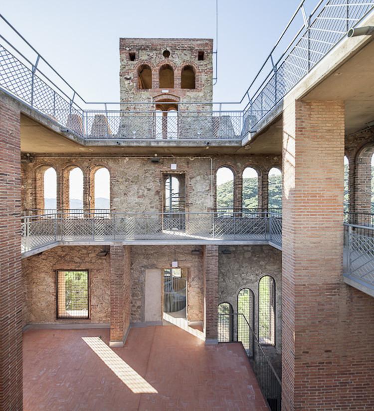 Rehabilitación de la Torre del Baró / Jordi Farrando, © Adrià Goula
