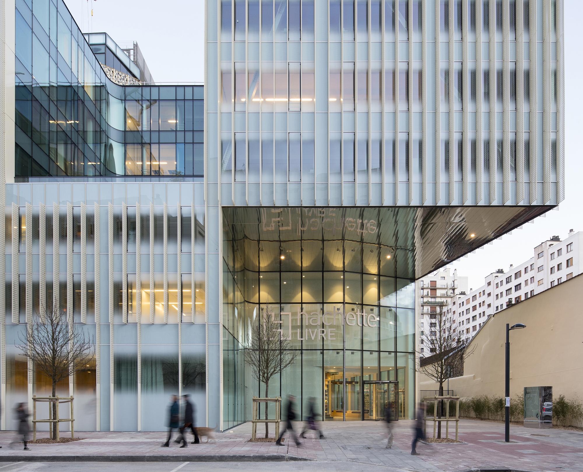 Sede biblioteca editorial Hachette / Jacques Ferrier Architectures