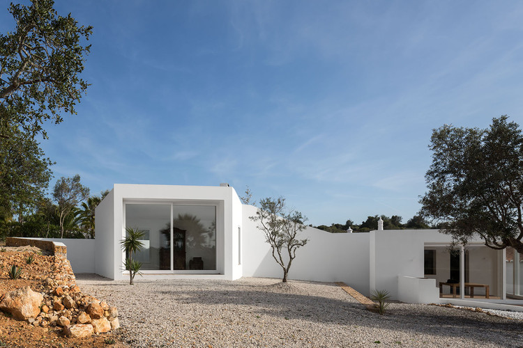 Casa en Vale de Margem / Marlene Uldschmidt, © Fernando Guerra | FG+SG