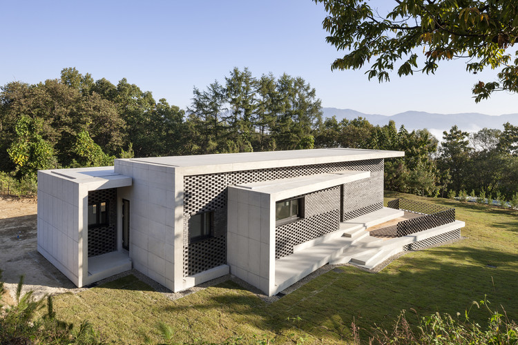 House in Gyopyeong-Ri / Studio Origin, © Sun Namgung