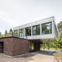 villa in potsdam tchoban voss architekten archdaily. Black Bedroom Furniture Sets. Home Design Ideas