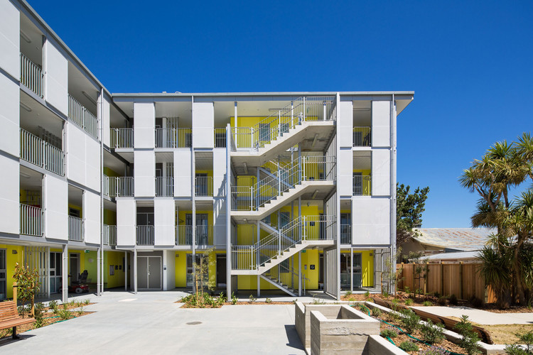 Marshall Court Apartments / Designgroup Stapleton Elliott, © Paul  McCredie