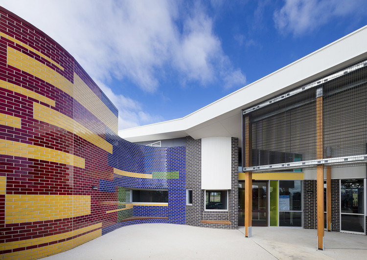 Hazel Glen Child and Family Centre / Brand Architects, © Wuttke Photography
