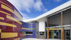 Centro infantil y familiar Hazel Glen Child / Brand Architects