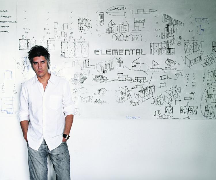 Alejandro Aravena, Director de la Bienal de Venecia 2016, Alejandro Aravena. Imagen © Cristóbal Palma, cortesía de Biennale di Venezia