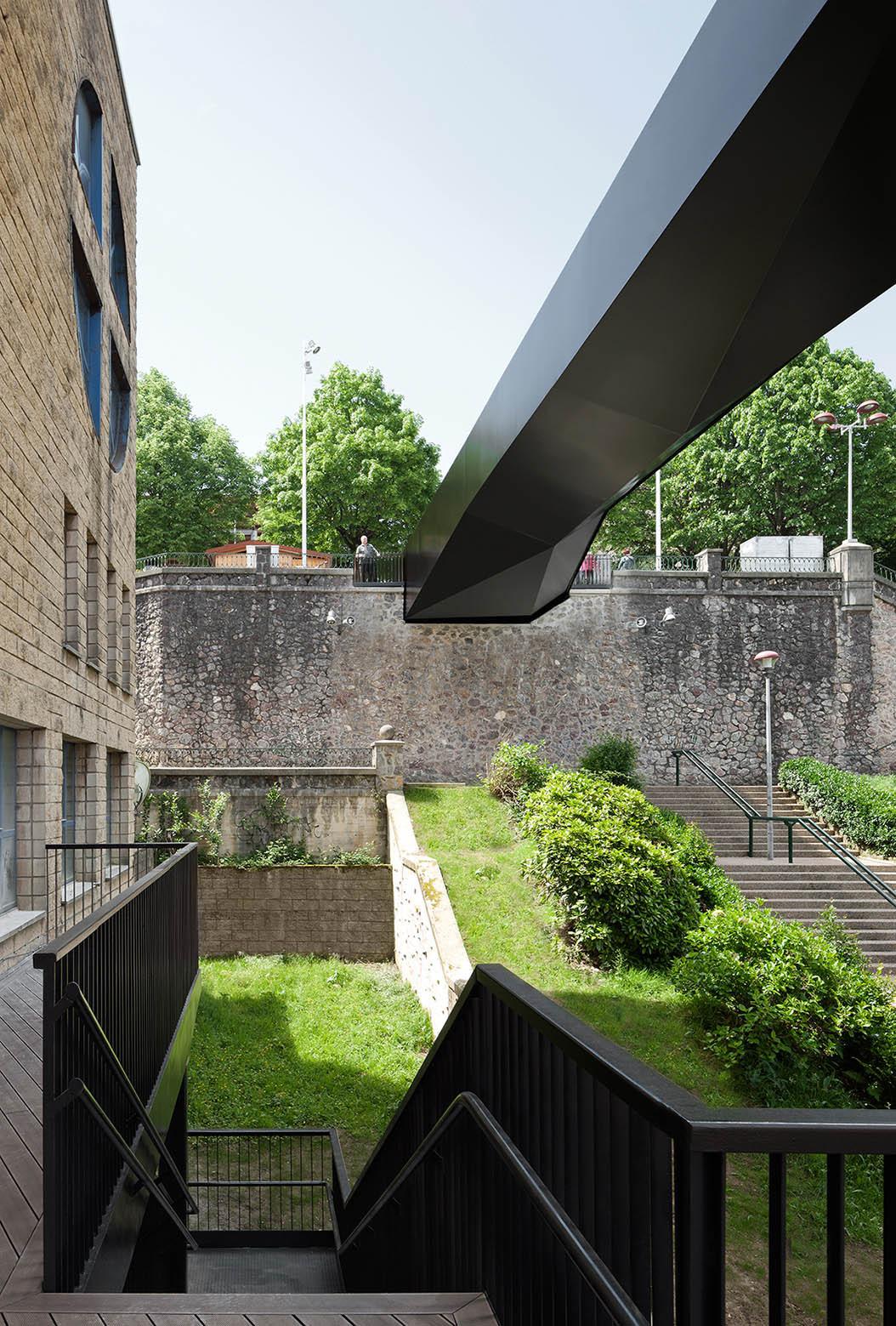 Gallery Of Urban Elevator And Pedestrian Bridge Vaumm 8