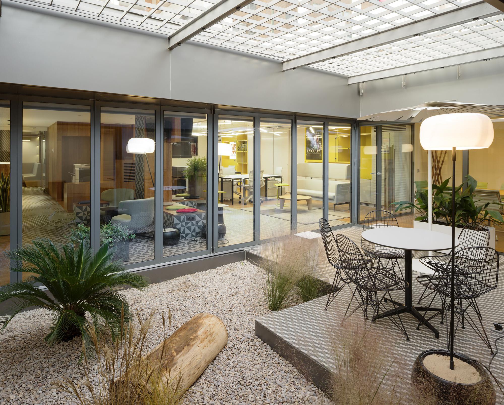 Oficinas Prointel Agi Architects Plataforma Arquitectura