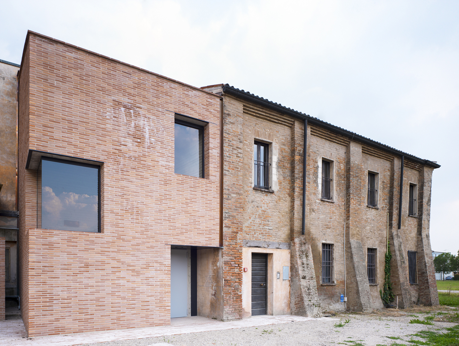 Addition to S. Maria Convent / LR-Architetti   ArchDaily