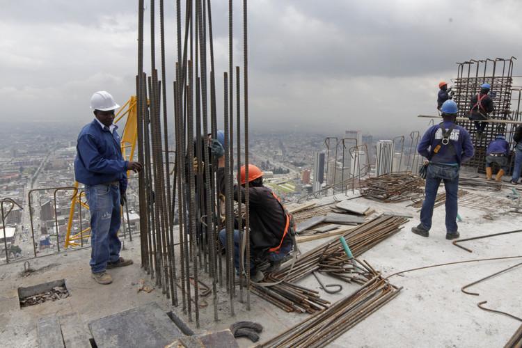En construcci n bd bacat alonso balaguer - Empresas de construccion en vigo ...