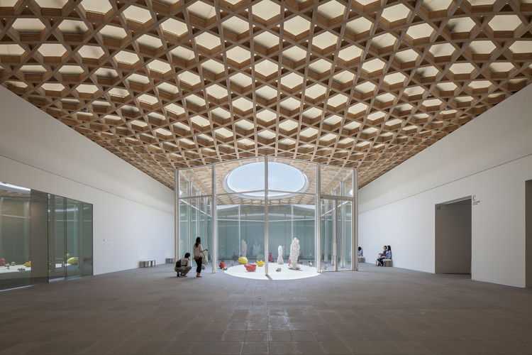 Oita Prefectural Art Museum / Shigeru Ban Architects, © Hiroyuki Hirai