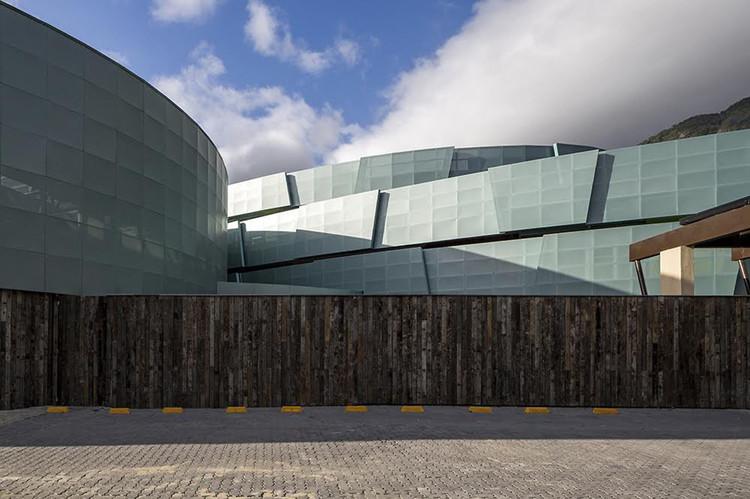 Ampliação da Escola MOPI / Mareines+Patalano Arquitetura, © Leonardo Finotti