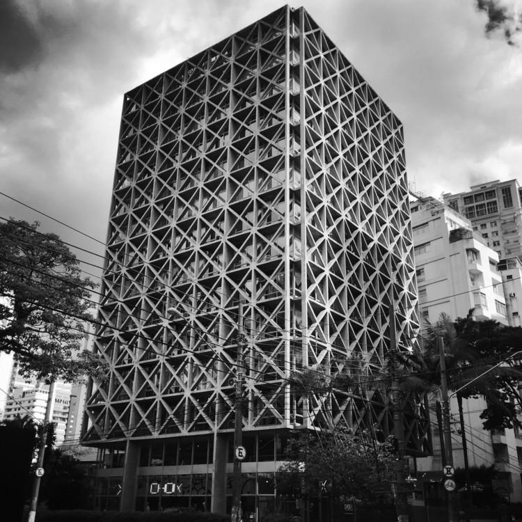 Clássicos da Arquitetura: Edifício Acal / Pedro Paulo de Melo Saraiva, © Michelle Schneider