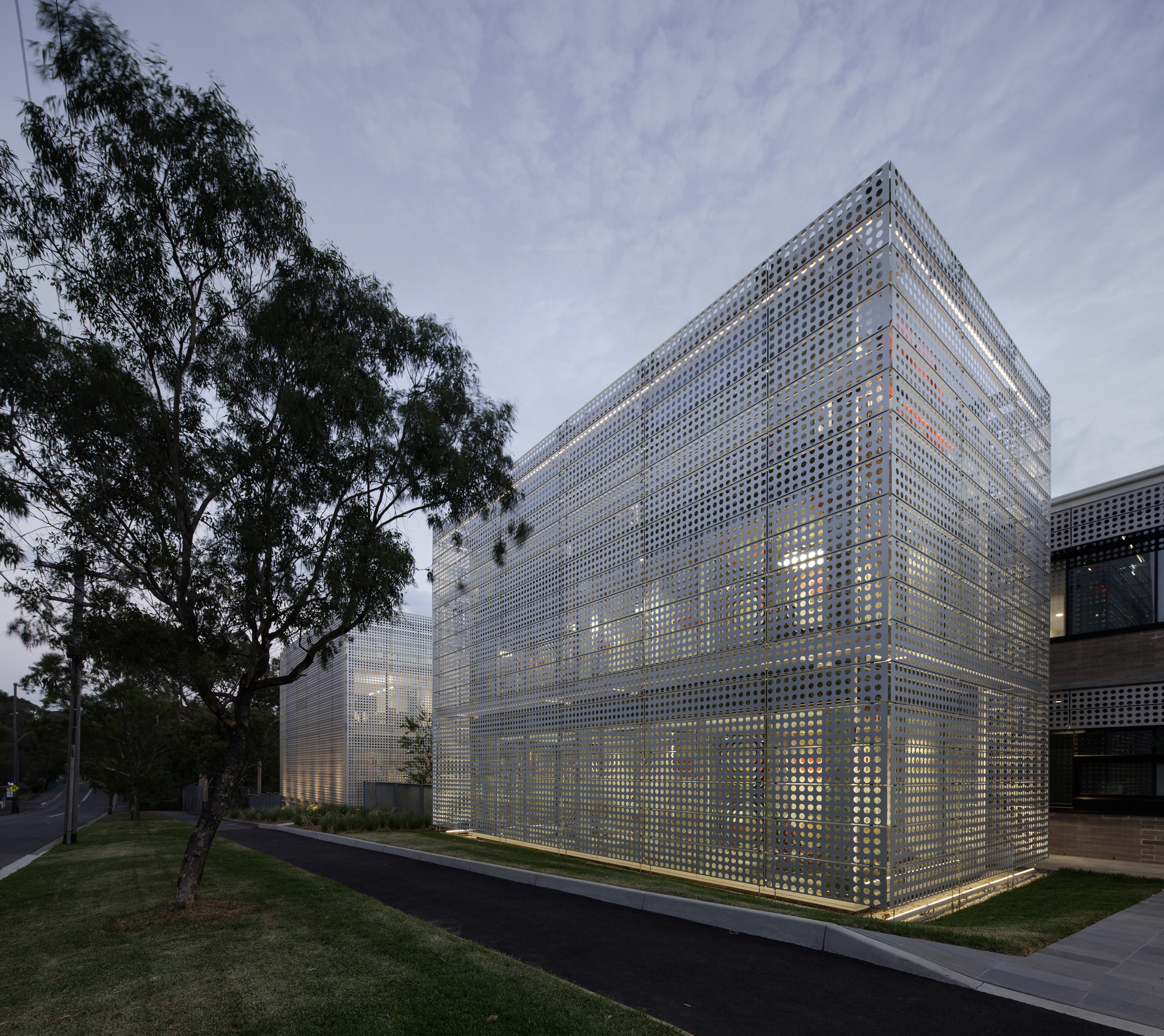 CSL Global Corporate Headquarters / Jacobs Group | ArchDaily