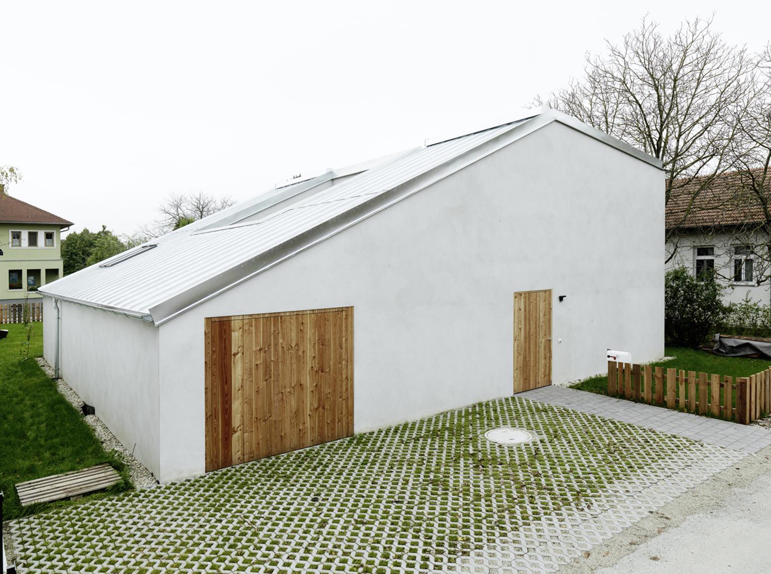 Gallery Of Low Budget Brick House Triendl Und Fessler