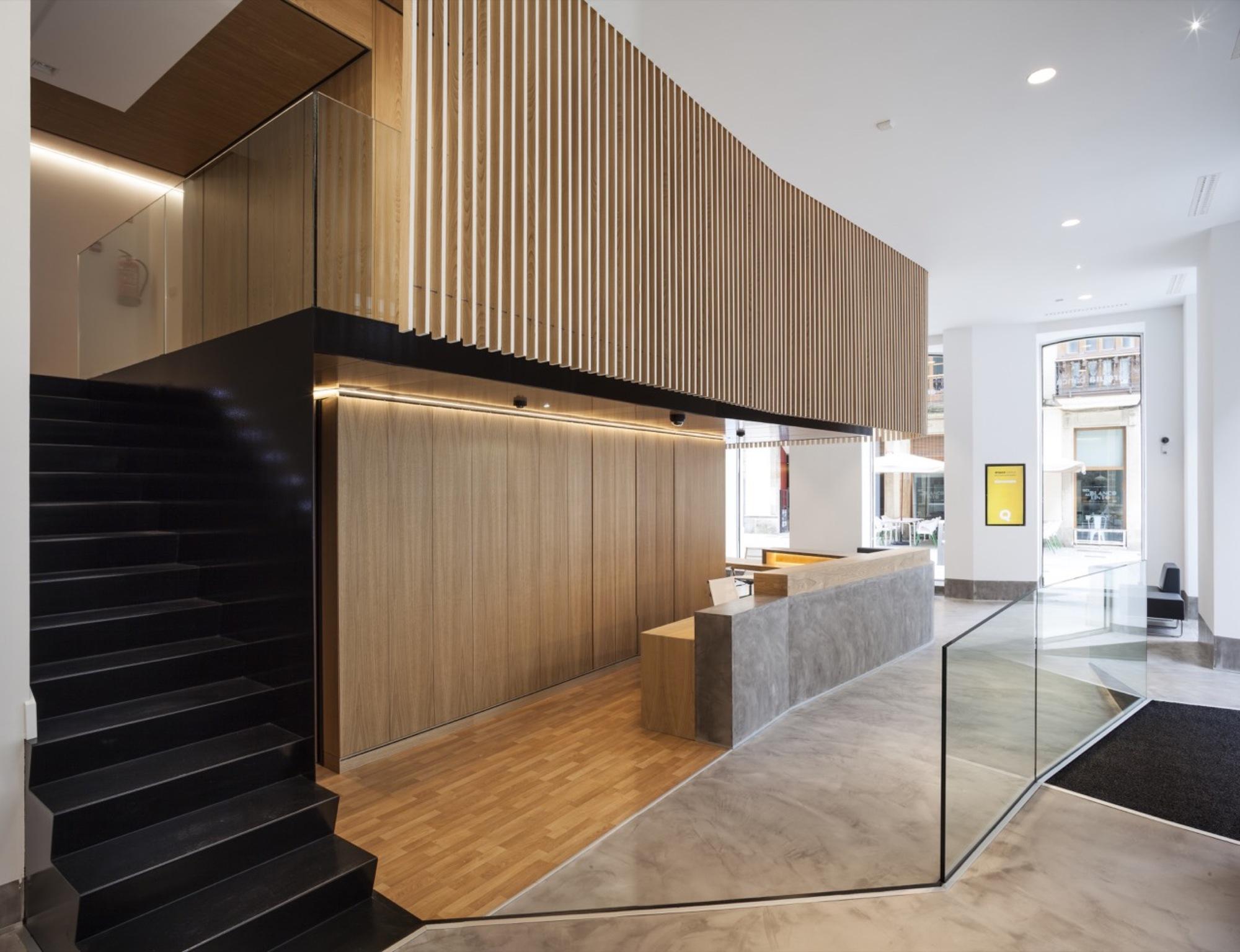 Gallery of bank office rubio bilbao arquitectos 12 for Caja rural bilbao oficinas
