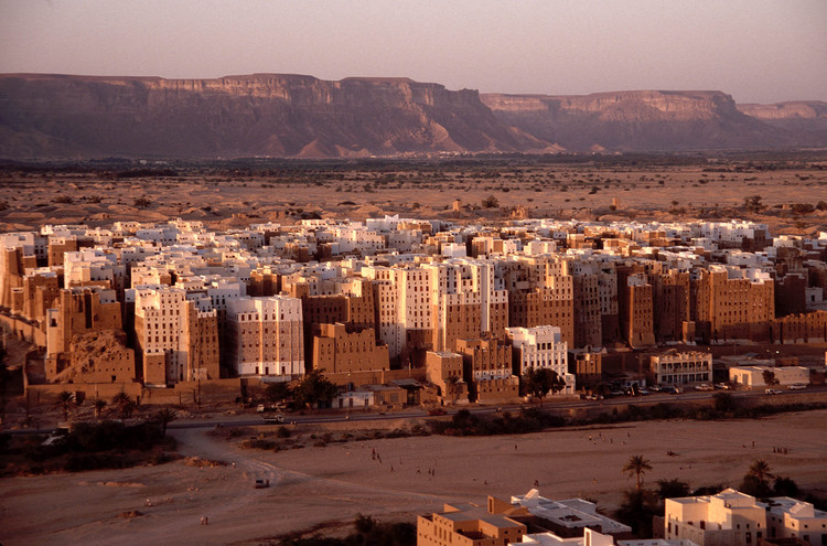 The 'Manhattan of the Desert': Shibam, Yemen's Ancient Skyscraper City, © Flickr CC user Will De Freitas