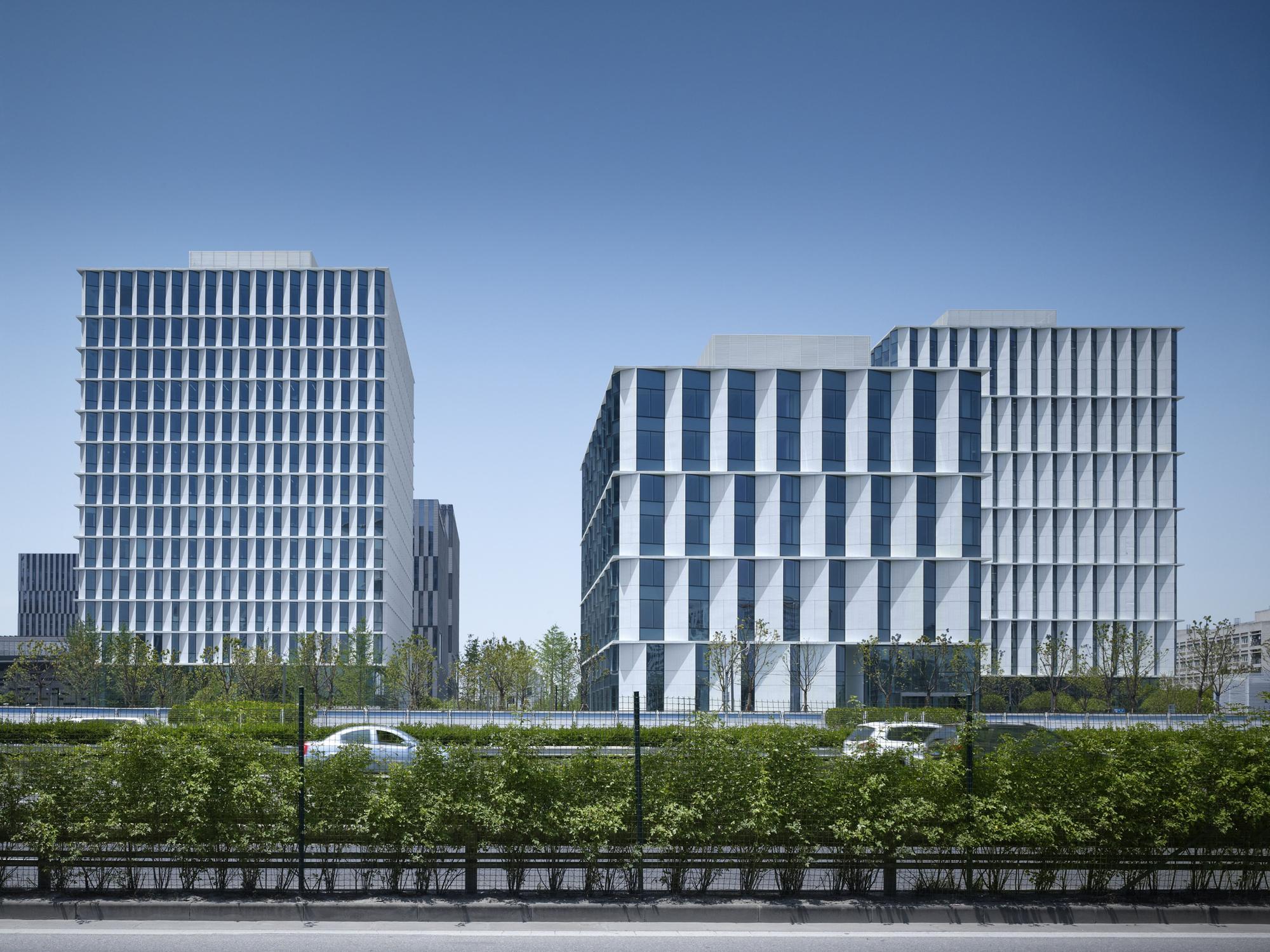 Gallery of 3cubes office building gmp architekten 9 - Gmp architektur ...
