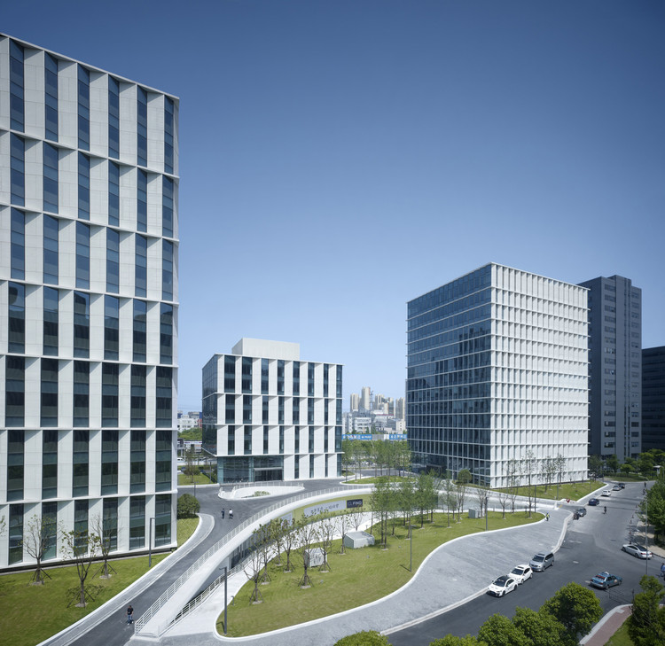 Edificio de Oficinas 3Cubes / gmp Architekten, © Christian Gahl