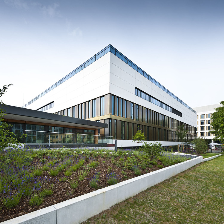 Max Planck Institute for the Biology of Ageing / Hammeskrause Architects, © Joern Lehmann