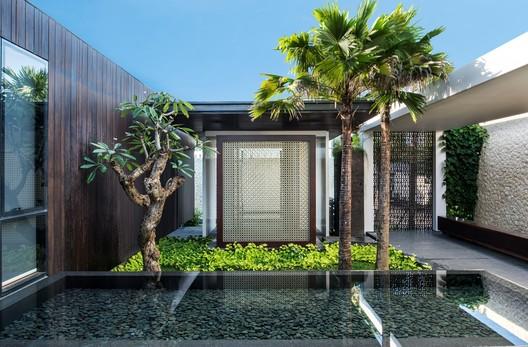 Villa WRK / Parametr Indonesia