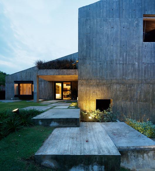 19 Sunset Place / ipli architects, © Jeremy San