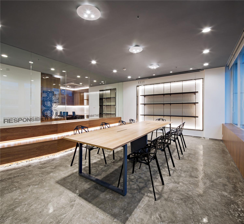 Gallery of paper folding space elle office feeling for Design ideas ltd