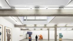 Galería de arte contemporáneo Carreras-Múgica  / Estudio Herreros