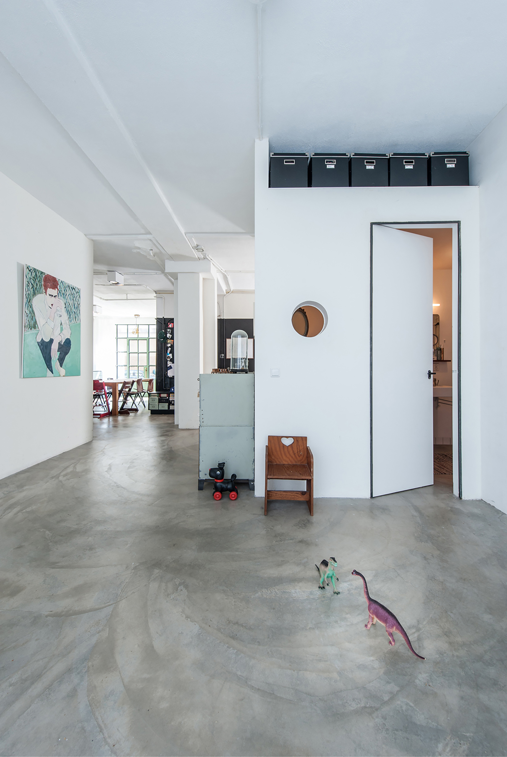 Loft transformation studio appelo archdaily for The garage loft apartments