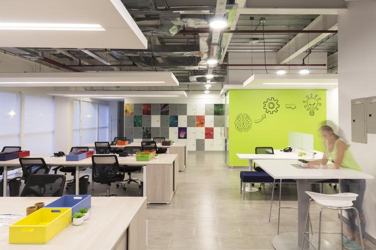 Oficinas telef nica contract workplaces plataforma arquitectura - Oficinas de adecco en madrid ...