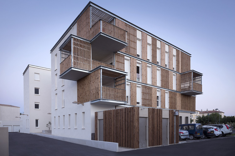 Social Housing in Aigues-Mortes / Thomas Landemaine Architectes, © MC Lucat
