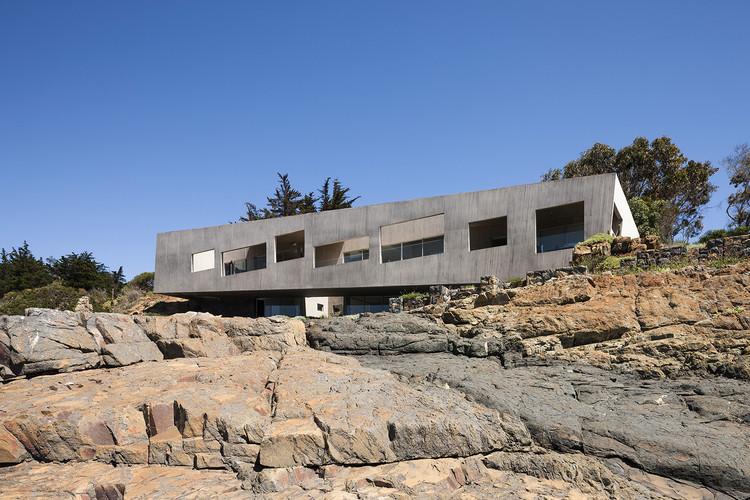 Bahia Azul House / Felipe Assadi + Francisca Pulido, © Fernando Alda