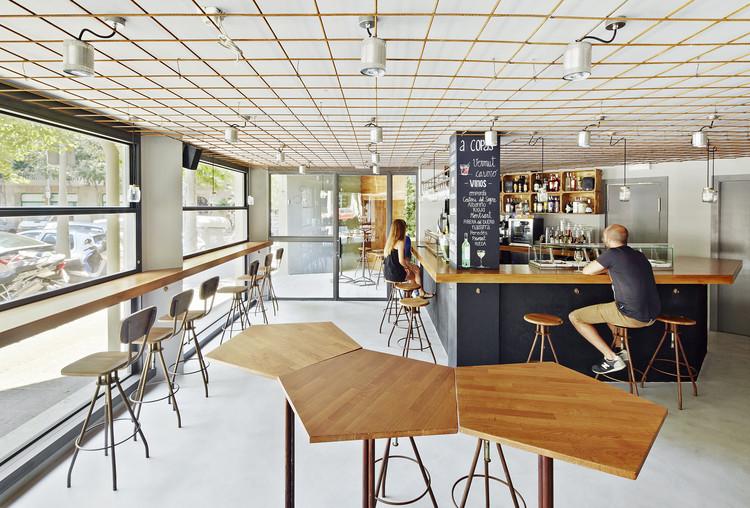 Tapas Bar 4 Latas   / Pepe Gascon + Víctor Sala, © José Hevia