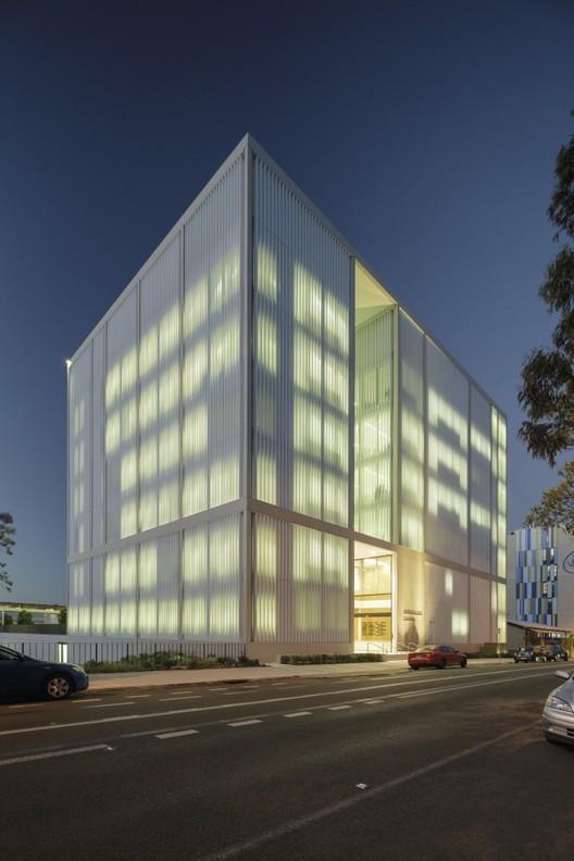 Instituto Westmead Milenio / BVN, © John Gollings